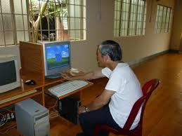 Bàn để máy vi tính